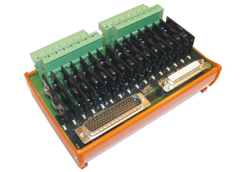ME-635 EXT, 16 Solid-State-Relais